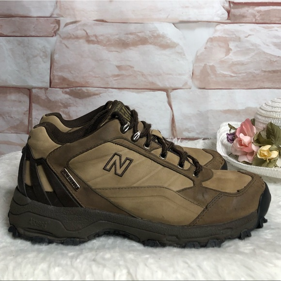 New Balance waterproof 964 leather shoes size 8.5
